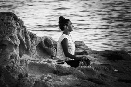 Meditation for migraines @migrainesavvy